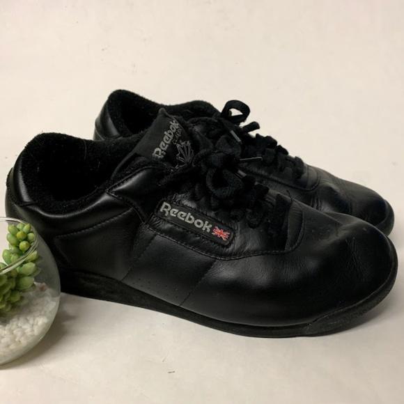 vintage reebok mens shoes